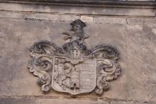 Wappen am Gutshaus in Langenstein